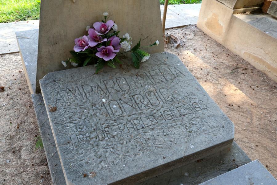Detalle tumba de Amparo Meliá, en Museo del Silencio. Cementerio General de Valencia