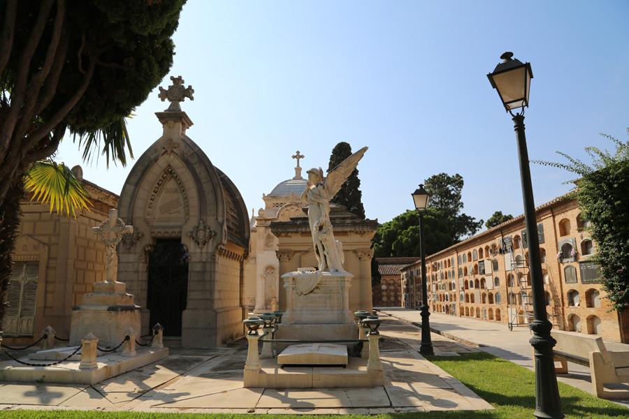 General Angel del Silencio familia Burriel. Museo del Silencio. Cementerio General de Valencia