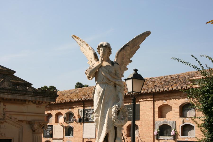 Angel del Silencio familia Burriel. Museo del Silencio. Cementerio General de Valencia