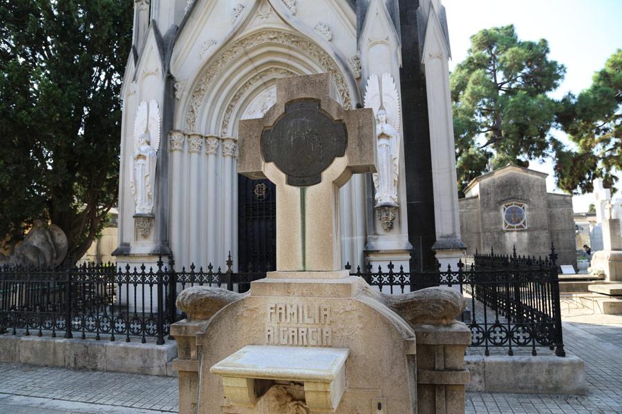 Tumba de Antonio García Peris, en el Museo del Silencio. Cementerio General de Valencia