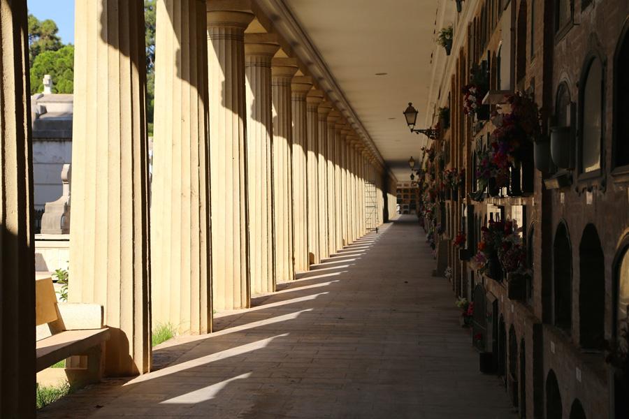 seccion-tercera-cementerio-general-valencia-columnas