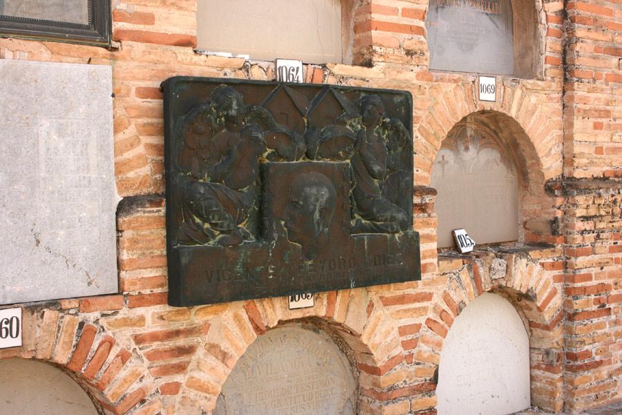 detalle lápida Vicent Peidro, en el Museo del Silencio. Cementerio General de Valencia
